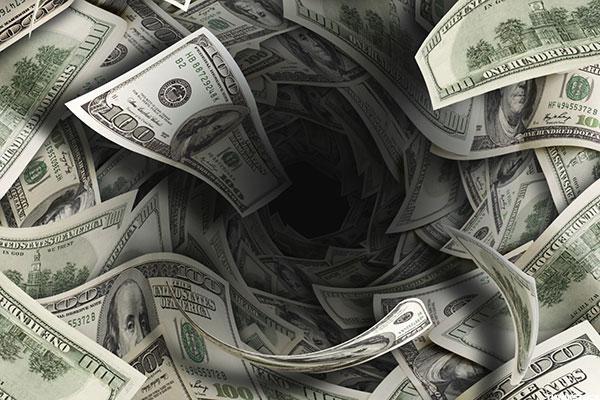 Дыры в балансе банков. Что это и откуда?