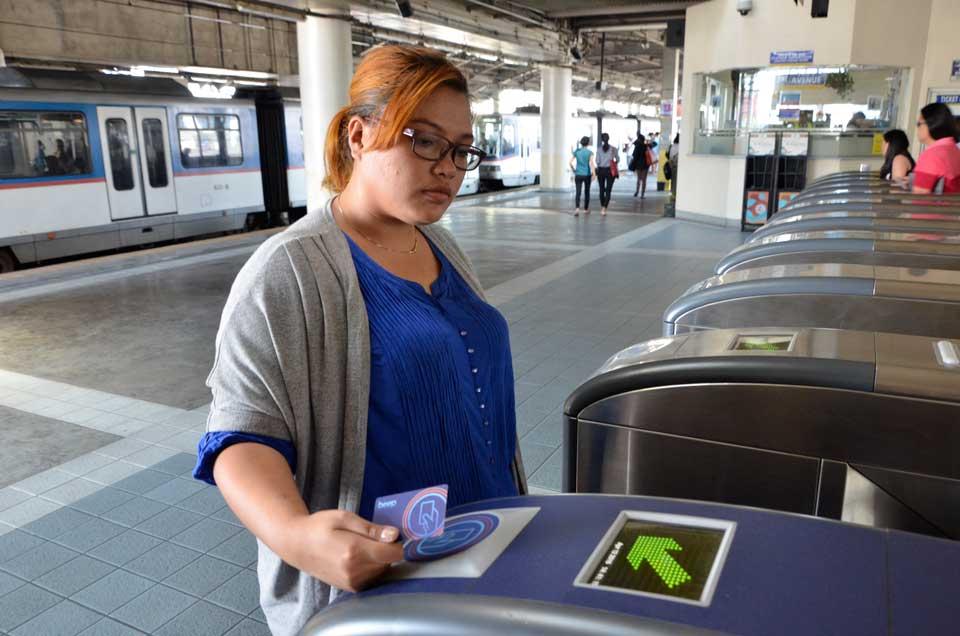 Почему деньги за проезд списывают с карты дважды