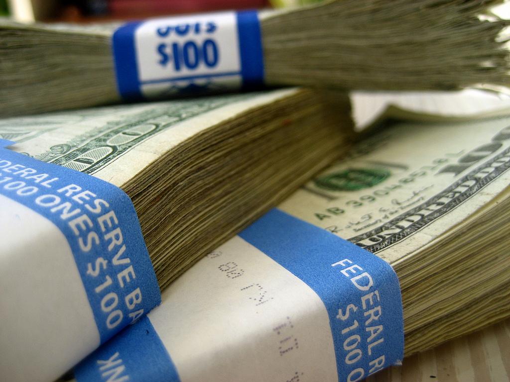РосСельхозБанк блокирует деньги. Как забрать без комиссии