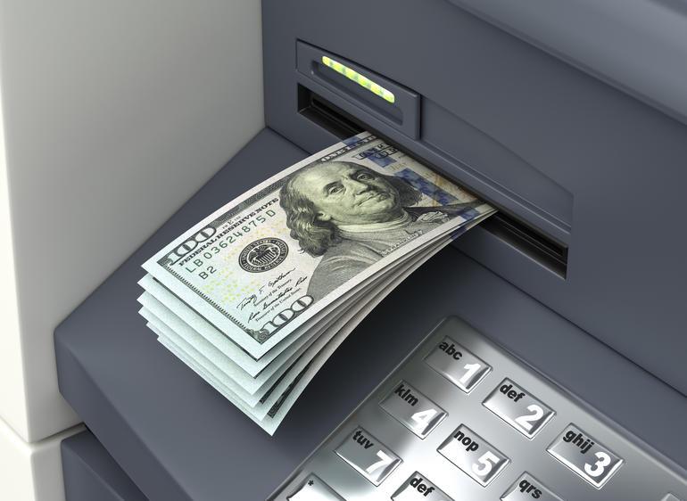 Законность комиссии при выдаче наличных с кредитки